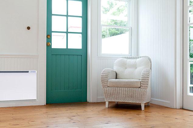 Glamox bejárat fotellel